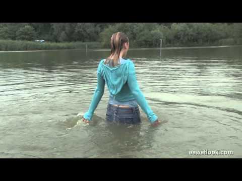 Wet jeans sample
