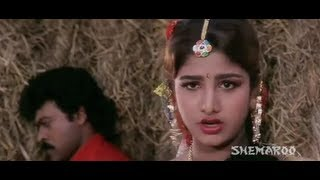 getlinkyoutube.com-Alluda Majaka - Rambha and Ramya Krishna teasing Chiranjeevi