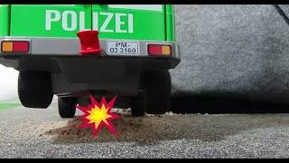 getlinkyoutube.com-Playmobil Spiele - Lena und Max (Folge 3) - Ausbruch aus dem Transportwagen