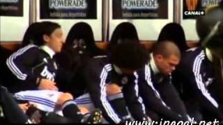 getlinkyoutube.com-هذا ما حدث في دكة بدلاء ريال مدريد :: ضحك
