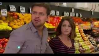 getlinkyoutube.com-Corazon valiente - Angela y Gustavo pelean con unos ladrones
