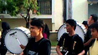 "getlinkyoutube.com-Marhcing Band Gita Handayani "" Drumline """