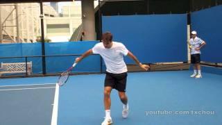 getlinkyoutube.com-Roger Federer - Slow Motion Slice Backhand in High Definition, Australian Open 2011