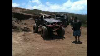 getlinkyoutube.com-destruction of a suzuki samurai