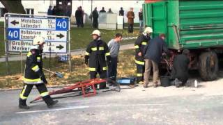 getlinkyoutube.com-TRAKTOR UNFALL