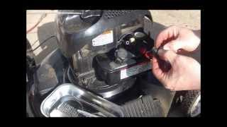 getlinkyoutube.com-Briggs and Stratton Plastic Carburetor - Poulan Mower