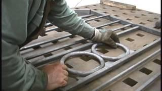 getlinkyoutube.com-Norwegian Gate - Blacksmith Elijah Burnett