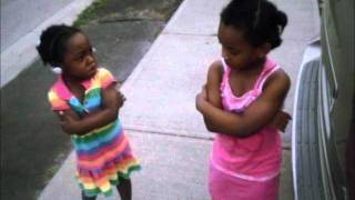 getlinkyoutube.com-Baby fight
