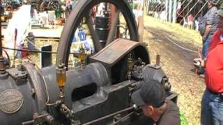 getlinkyoutube.com-Dekkers Gloeiplaat motor -hot plate Engine moteur fix-Glühkopf
