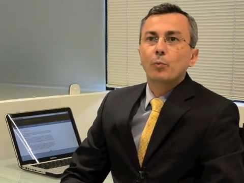 Entrevista com dr. Luiz philipe Molina Vana sobre mamoplastia redutora