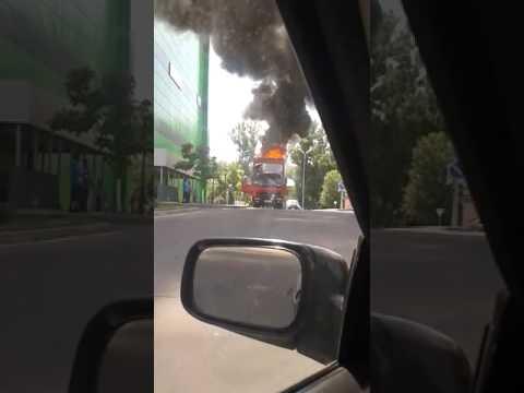 В Алматы горит грузовик