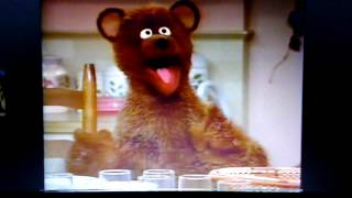 "getlinkyoutube.com-Sesame Street - ""I Wish I Knew How To Do That Too"""