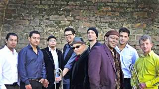 getlinkyoutube.com-Tromboranga Salsa Orchestra from Barcelona -Humildad