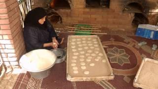 getlinkyoutube.com-Pita Bread Making and Baking