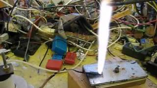 getlinkyoutube.com-Vacuum tube flyback driver