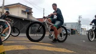 getlinkyoutube.com-Encontro Equipe VnB 04/10 Bikes Rebaixadas
