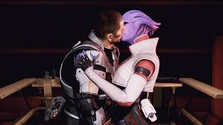 getlinkyoutube.com-Mass Effect 3: Aria & Shepard kiss
