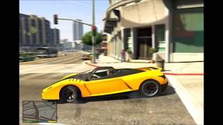 getlinkyoutube.com-GTA V - como abrirle el capo a los autos