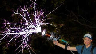 getlinkyoutube.com-Handheld TESLA COIL GUN at 28,000fps - Smarter Every Day 162