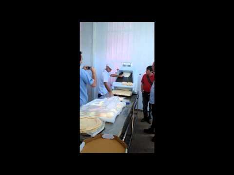 Demonstração Máquina modeladora de massa de pizza MDP500