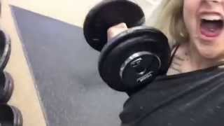 getlinkyoutube.com-Girl lifts more than your boyfriend