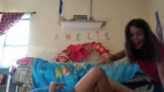 getlinkyoutube.com-Yoga challenge Emma and Amelie