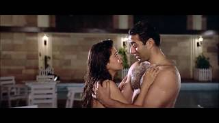 getlinkyoutube.com-Bollywood Hot and Spicy Juhi Chawla Sexy Red Bikini
