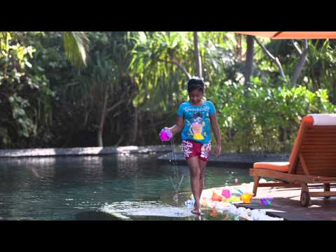 Local Maldivian girl - PR project