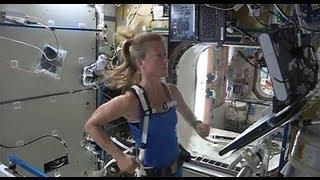 getlinkyoutube.com-Running in Space!
