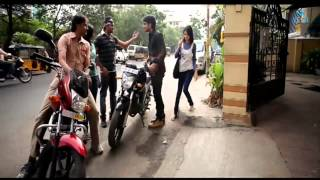 getlinkyoutube.com-Ee Rojullo Movie : Comedy Scene : Srinivas, Reshma Rathore