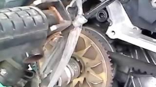 getlinkyoutube.com-Cara Buka Baut Rumah Roller Honda Vario Paling Mudah DAn Simpel