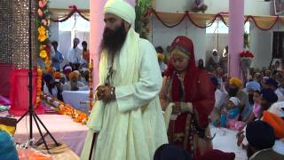 getlinkyoutube.com-Sant Baljit Singh Daduwal during his marriage