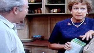 getlinkyoutube.com-Archie Bunker on Women's Lib