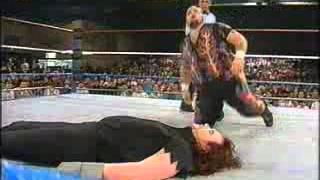 getlinkyoutube.com-WWF   Undertaker vs Bam Bam Bigelow   Superstars 1993