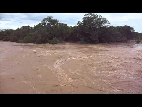 Enchente no Rio da Prata em Joao Pinheiro-MG 17/12/2011