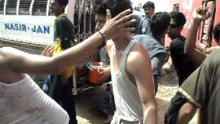 getlinkyoutube.com-dance of karachi boys at picnic