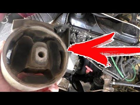 Замена задних подушек (опор) двигателя Пассат Б3