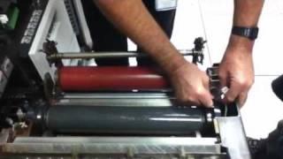 getlinkyoutube.com-Fuser roller change
