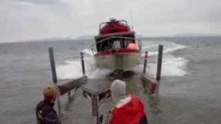 getlinkyoutube.com-Alaska fishing boat - no dock needed -  Ninilchik, AK