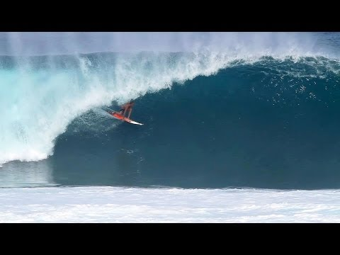 Jamie O'Brien Pipeline Tube Ride