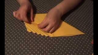 getlinkyoutube.com-Как красиво складывать бумажные салфетки.