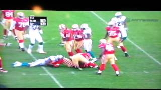 Frank Gore breaks through several Dolphins defenders