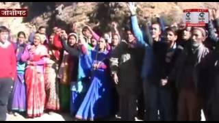 520 मेगावट वाली तपोवन विष्णुगाड जल विधुत परियोजना ग्रामीणों ने कराई बंद