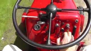 getlinkyoutube.com-Oldtimer Traktor: Unsynchronisierte Getriebe schalten mit Zwischengas