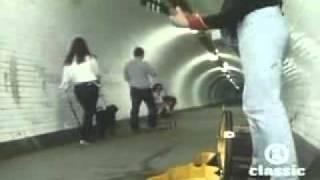 getlinkyoutube.com-Dire Straits - Original Walk of Life Video