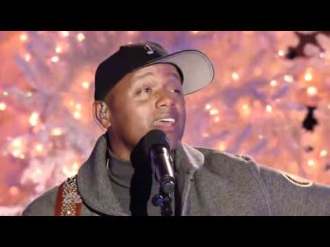 Christmas in Rockefeller Center 2011 | Javier Colon LIVE [NBC] HD