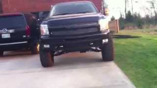 getlinkyoutube.com-NEW Silverado Lifted Walk Around