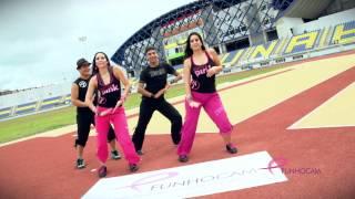 "getlinkyoutube.com-Zumba ""Bailando"" Enrique Iglesias by Honduras Dance Crew"