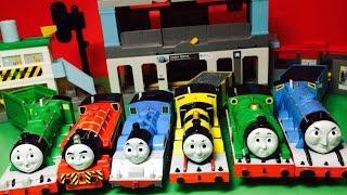 getlinkyoutube.com-【juguetes de trenes 】 Thomas motorizado - 17 Thomas y sus amigos de tren Motores (00561 es)