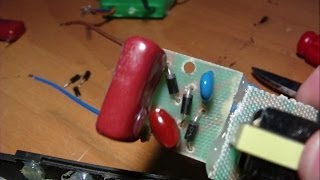 getlinkyoutube.com-How to repair a electric fly swatter CIRCUIT